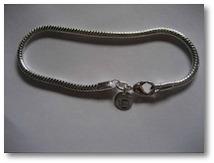 Silver snake chain bracele